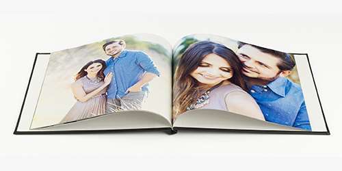 Newlywed couple in the cover of a Custom Professional Photo Book